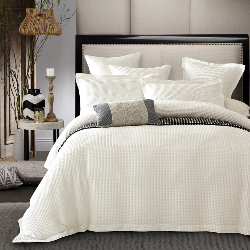 New Luxury 100 Cotton Cream Ivory Colour Waffle Quilt