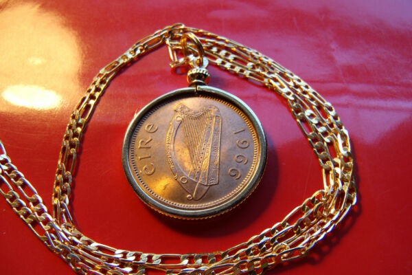 Handsome IRELAND HAY PENNY COIN BEZEL Pendant on a 24