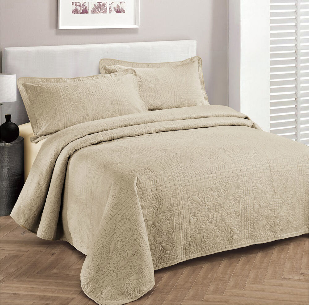 King Size 3 Pc Solid Embossed Bedspread Bed Cover New Over