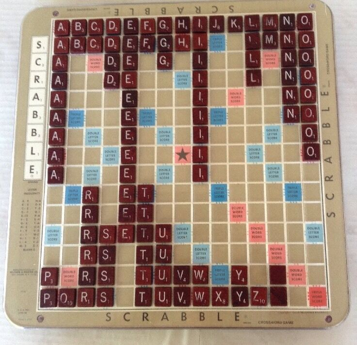vintage scrabble deluxe edition with turntable base 1982. Black Bedroom Furniture Sets. Home Design Ideas