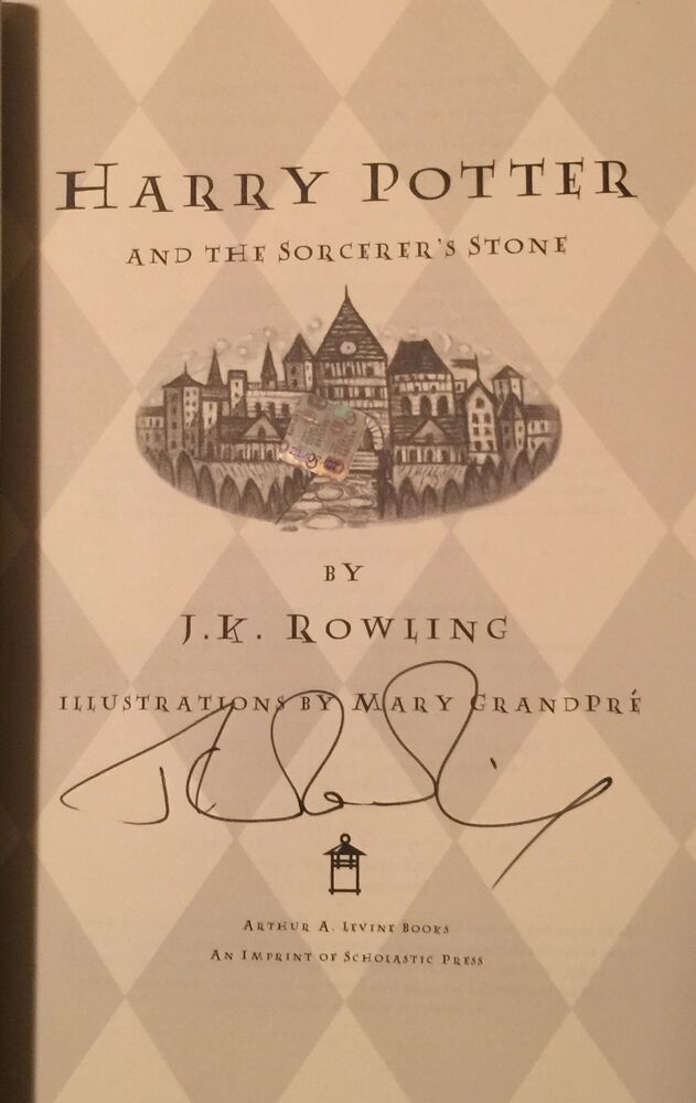 an introduction to the summary of harry potter by j k rowling Harry potter - j k rowling harry potter - fandom relationships: summary: first arc of the story a new world harry james potter is secretly much smarter and attentive than you would have guessed in the summer of 1993.