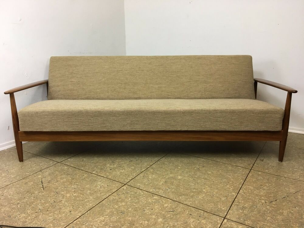 60er 70er jahre teak sofa daybed schlafsofa danish modern design denmark 60s 70s ebay. Black Bedroom Furniture Sets. Home Design Ideas