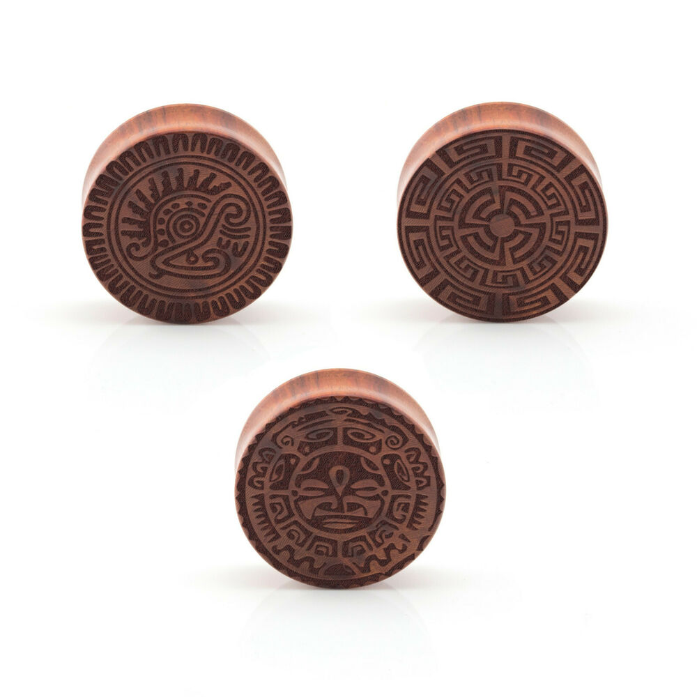 Aztec wood ear plug laser engraved double flared for Piercing orecchio dilatatore