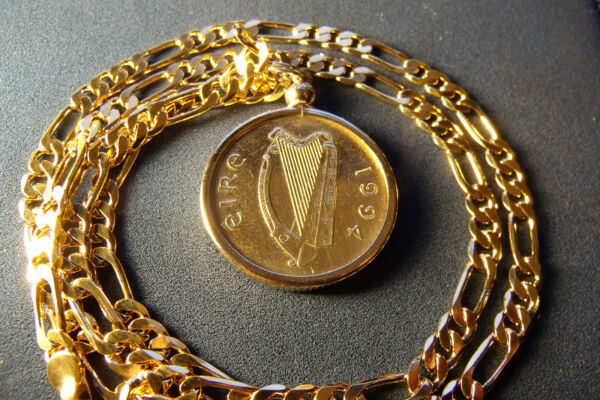 1994 IRELAND PONY HORSE COIN PENDANT on a 24