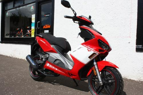 Lexmoto Diablo 125 EFi Sports Scooter 2018 Model *FINANCE & DELIVERY AVAILABLE*