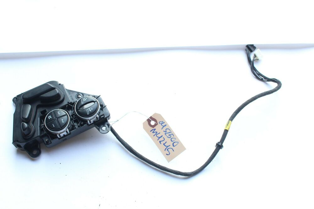 2004 R230 Mercedes Sl500 At Passenger Right Door Power Seat Switch Control M4245