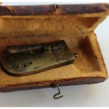 ANTIQUE BLOOD LETTING TOOL IN ORIGINAL LEATHER CASE 1800'S BRASS VERY RARE