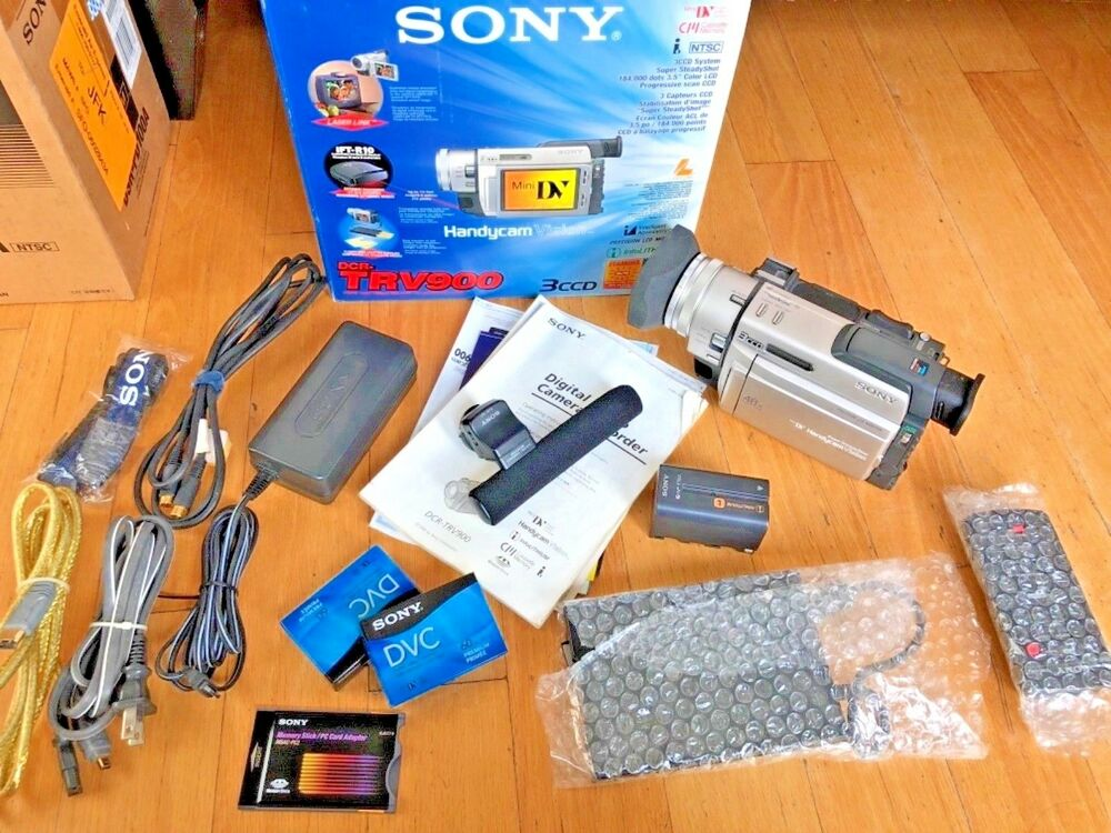 "Sony dcr-trv900 3ccd mini dv camcorder 3. 5"" lcd screen mic remote."