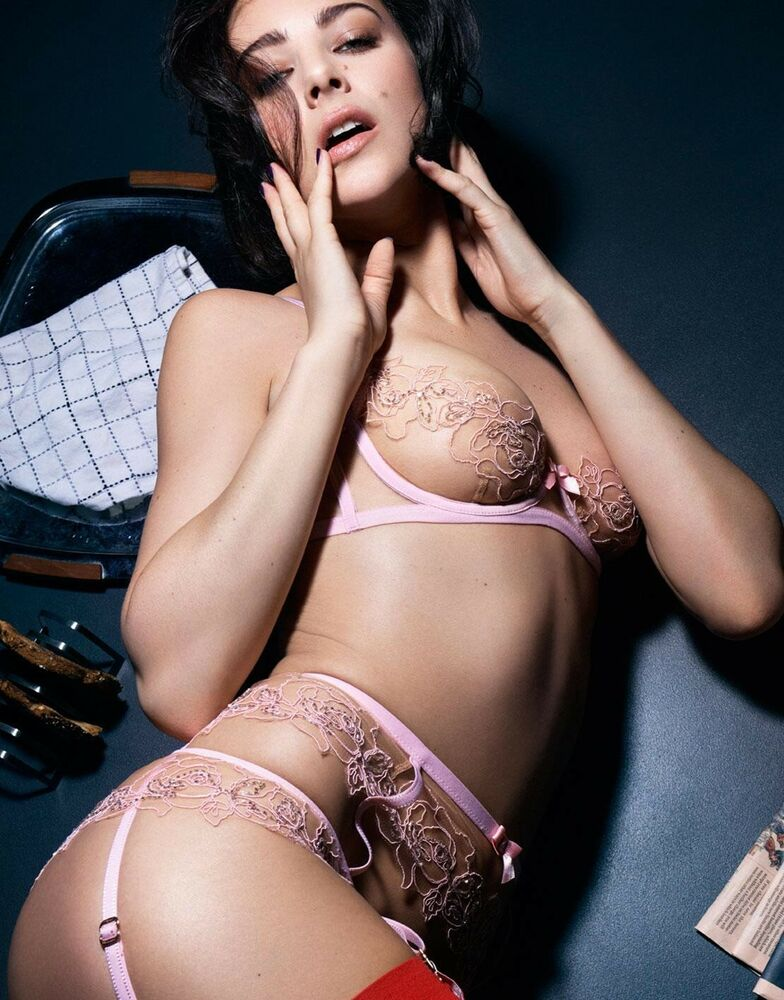 20cc8d935d Details about Agent Provocateur Sold Out Full Lindie Pink Set 34B 2 2 Or 3