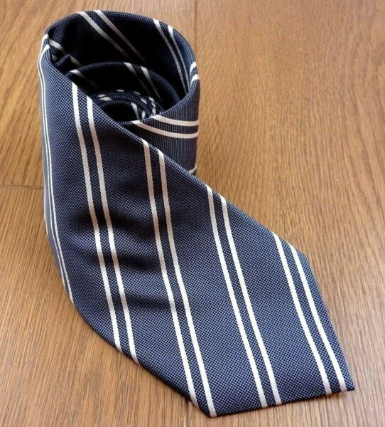 Dehavilland 100% Silk Hand Made Neck Tie Made in Italy
