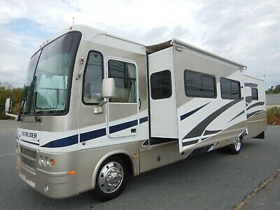 Damon Intruder 38ft Class A Motorhome 3 Slides Low Miles Ford V10 Gas Onan Gen