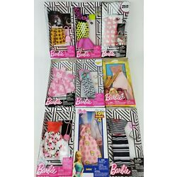 Kyпить Barbie Complete Fashion Looks clothing packs lot of 2 styles may vary на еВаy.соm