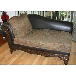 Kyпить VINTAGE FAINTING COUCH CHAISE DISTINCTIVE CARVED WOOD/LEATHER на еВаy.соm