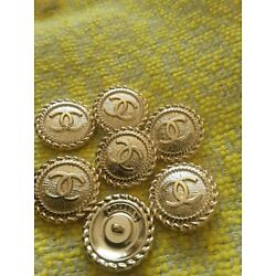 Kyпить  6 Stamped Chanel buttons lot of  6 cc logo 20 mm 0,8 inch  ❤ gold на еВаy.соm
