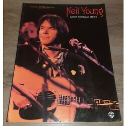 Kyпить NEIL YOUNG - GUITAR ANTHOLOGY SERIES - GUITAR TAB BOOK TABLATURE MUSIC SONGBOOK на еВаy.соm
