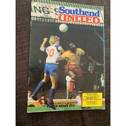 Kyпить 1983 Southend United  V Exeter City Match Football Programme на еВаy.соm