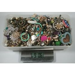 Kyпить Junk Drawer 8 Pounds Huge Lot Vintage-Modern Jewelry Craft Parts Some Wearable на еВаy.соm