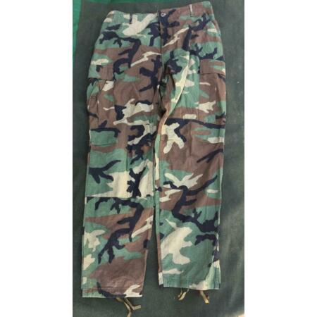 img-Genuine Issue US Army American Woodland Camouflage BDU Trousers