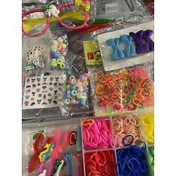 Kyпить Loom rubber band bracelet and craft accessories with different pendants New на еВаy.соm