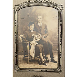 Kyпить VINTAGE CABINET CARD BY THE STRUNK STUDIO - HAPPY COUPLE WITH BOUQUET - READING на еВаy.соm