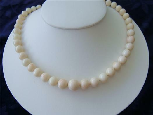 Genuine White Coral Graduated Bead Necklace 26 Quot Long 14k