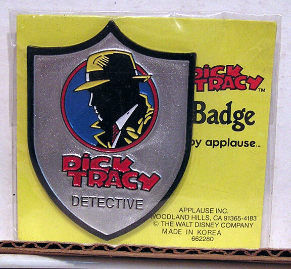 Dick Tracy Badge 10
