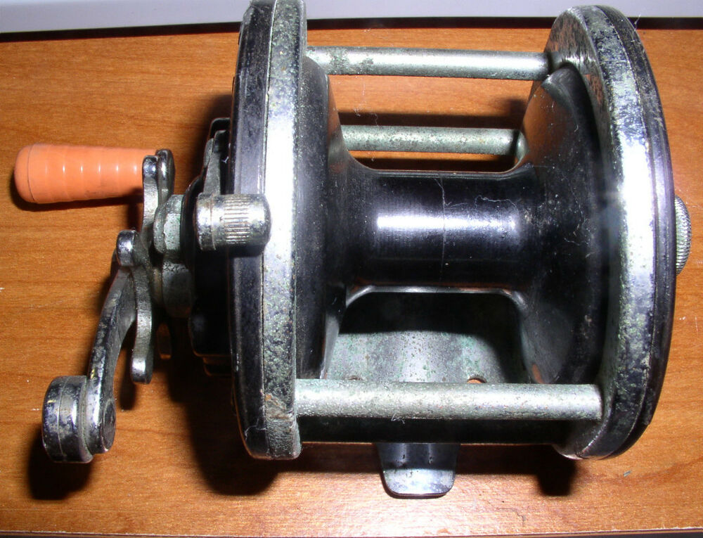 Vintage penn fishing reel 180 ebay for Ebay fishing reels