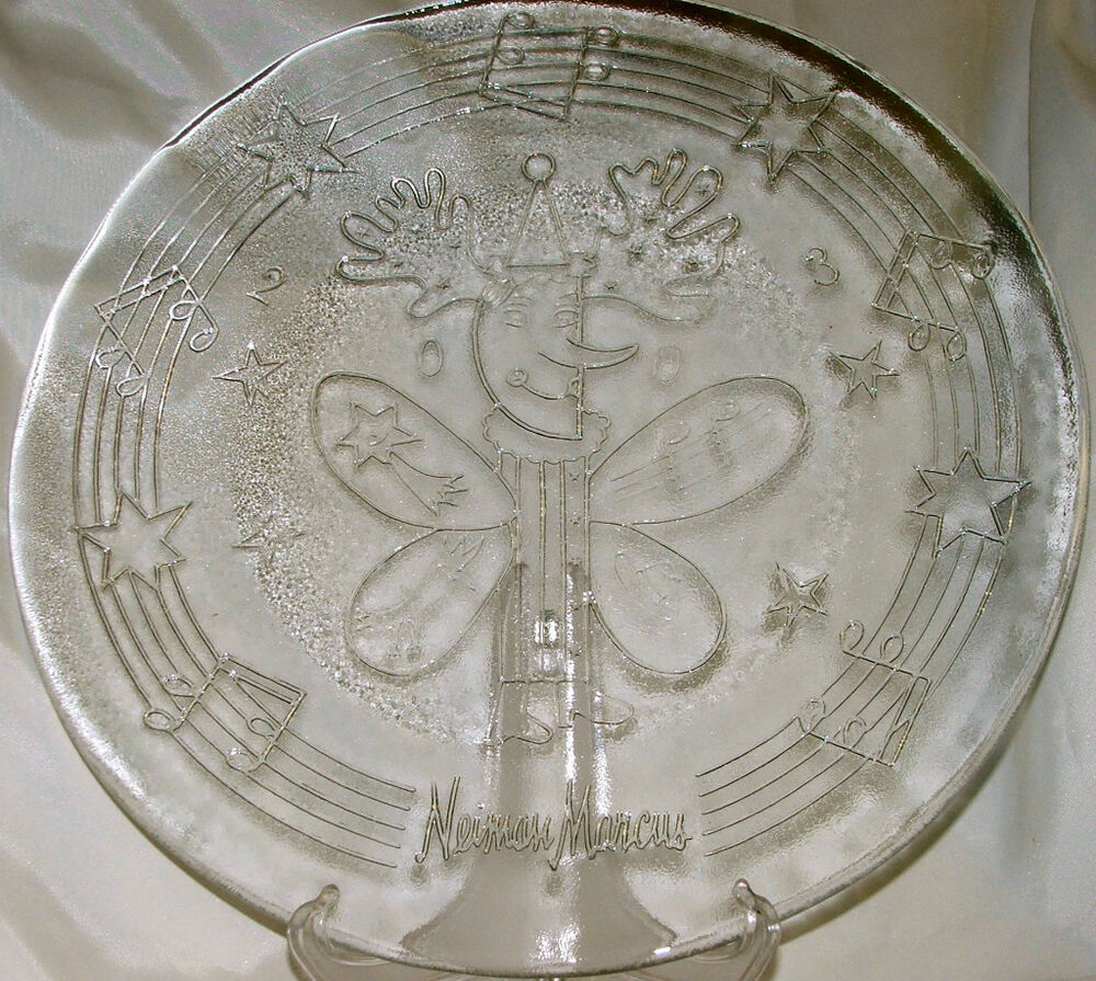 2003 neiman marcus christmas charger plate sara fanelli