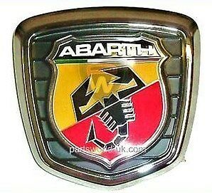 fiat 500 abarth tailgate boot badge assembly 735496473 brand new genuine ebay. Black Bedroom Furniture Sets. Home Design Ideas
