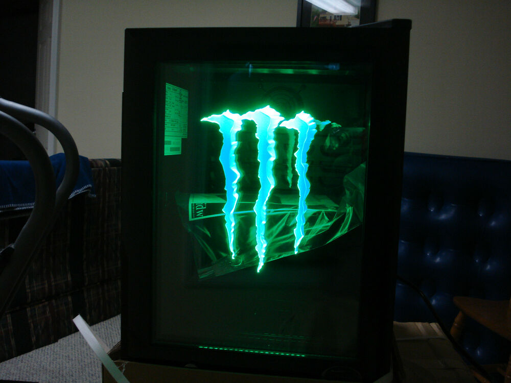monster energy mini k hlschrank g1 mit led t r licht ebay. Black Bedroom Furniture Sets. Home Design Ideas