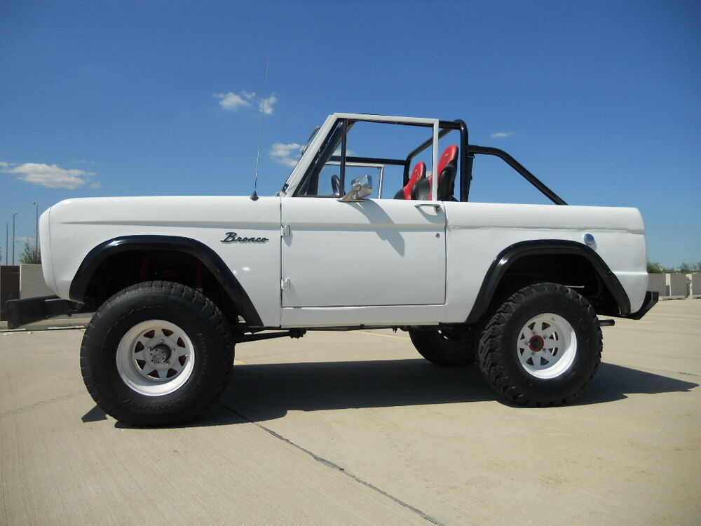"6 Point Full Roll Cage Roll Bar Kit 66-77 Bronco ""Smitty"