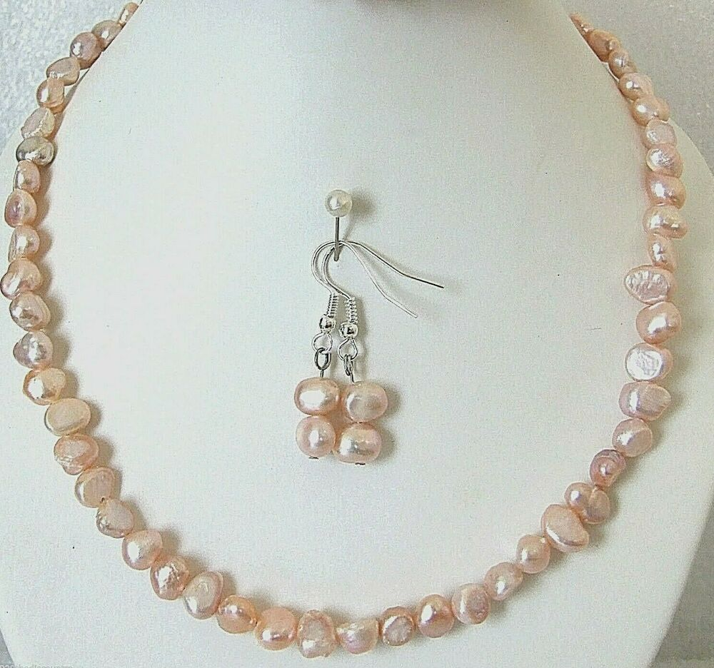 Peach Pearl Necklace: Peach Genuine Uncultured Freshwater Pearl Necklace