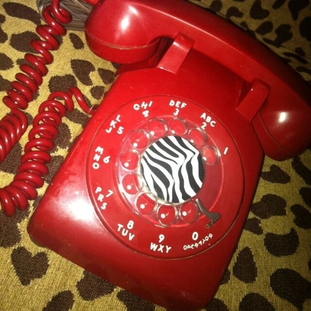 vintage bright red desk rotary telephone retro art deco. Black Bedroom Furniture Sets. Home Design Ideas