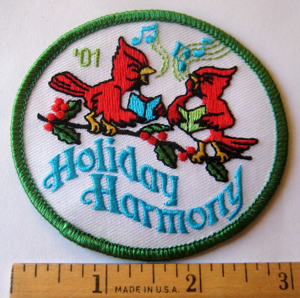 Girl Scout 2001 HOLIDAY HARMONY PATCH Christmas Caroling