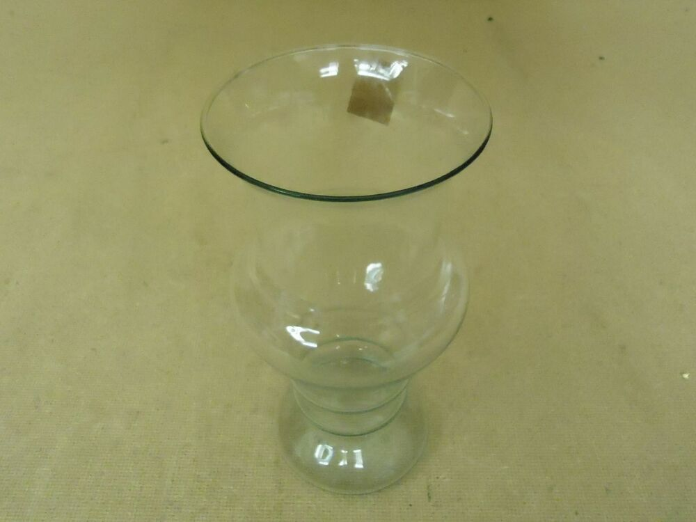 designer flower vase 8in h x 4in diameter clear modern round curved glass ebay. Black Bedroom Furniture Sets. Home Design Ideas