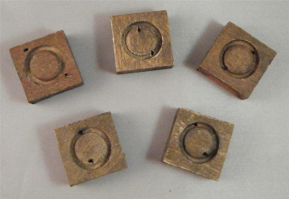 Antique Vtg Salvaged Wood Circle In Square Applique Onlay