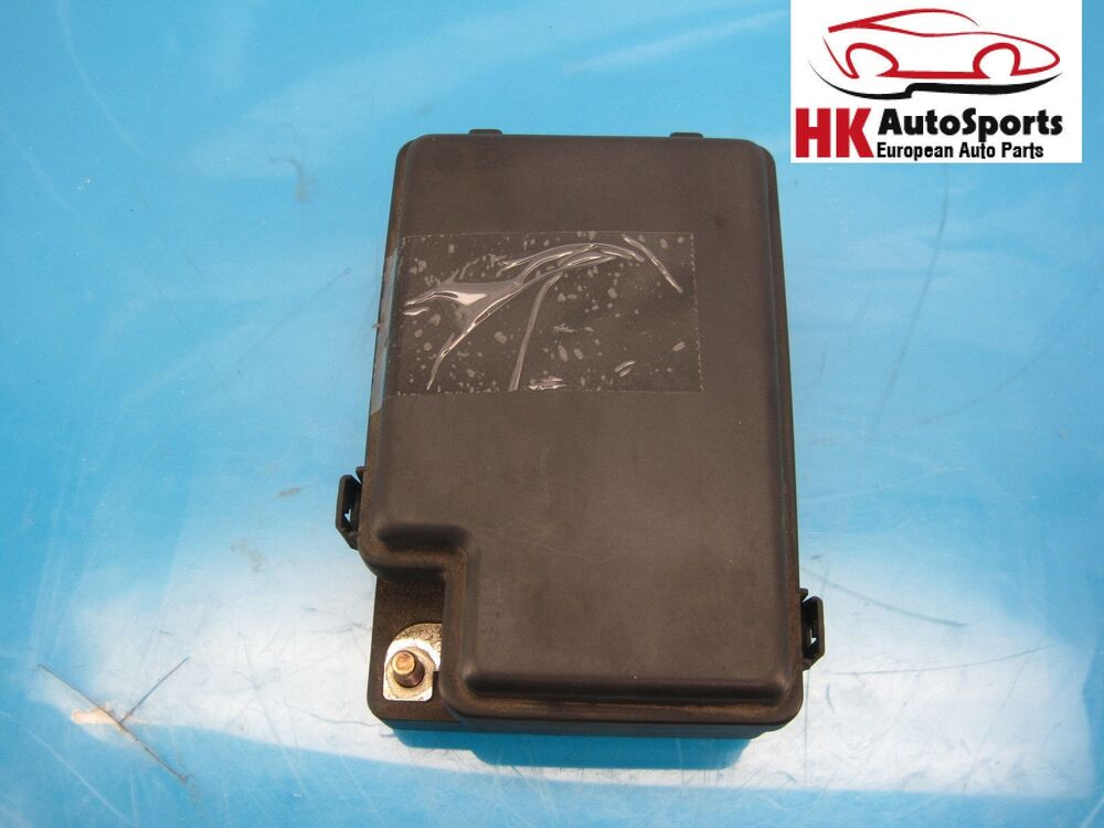 Jaguar Xj8 Fuse Relay Box Lnf2822ba 22 Way Factory