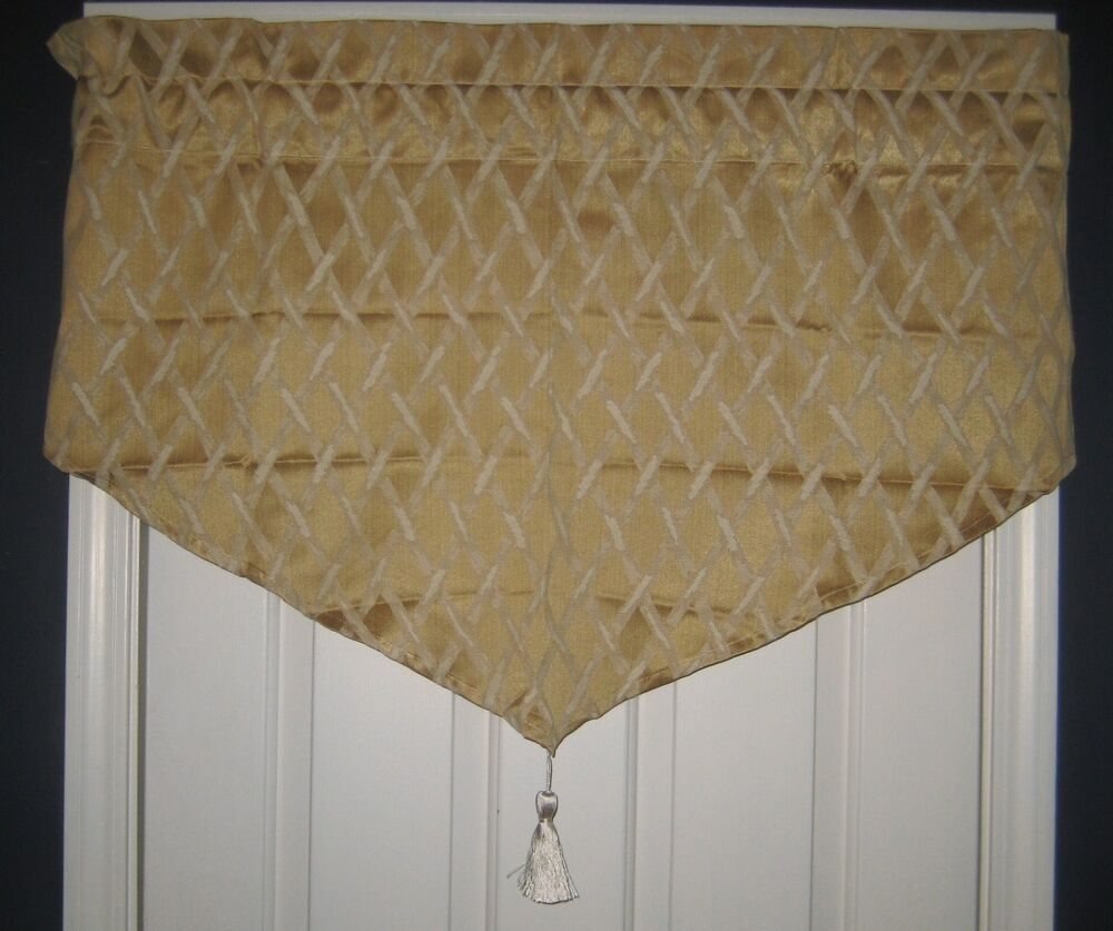 JC Penney Home Valance Very Formal TRELLIS Gold Beige New in Package 4 ...