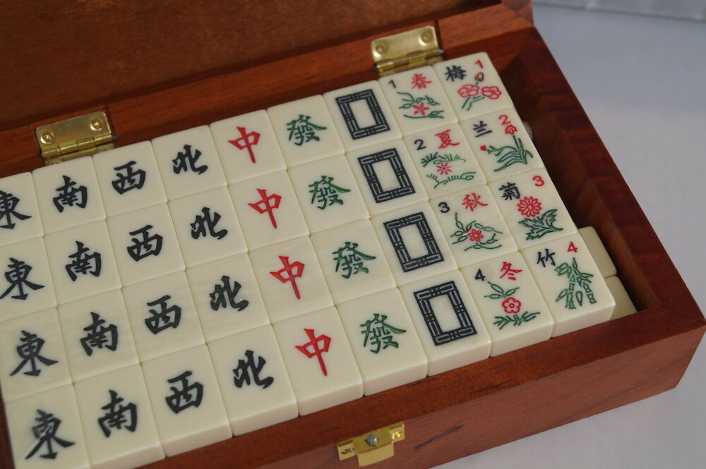 Chinese Mahjong Game Set In Wooden Box 856960001584 Ebay