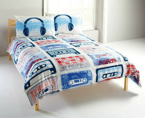 funky music retro king size duvet set tape cassette