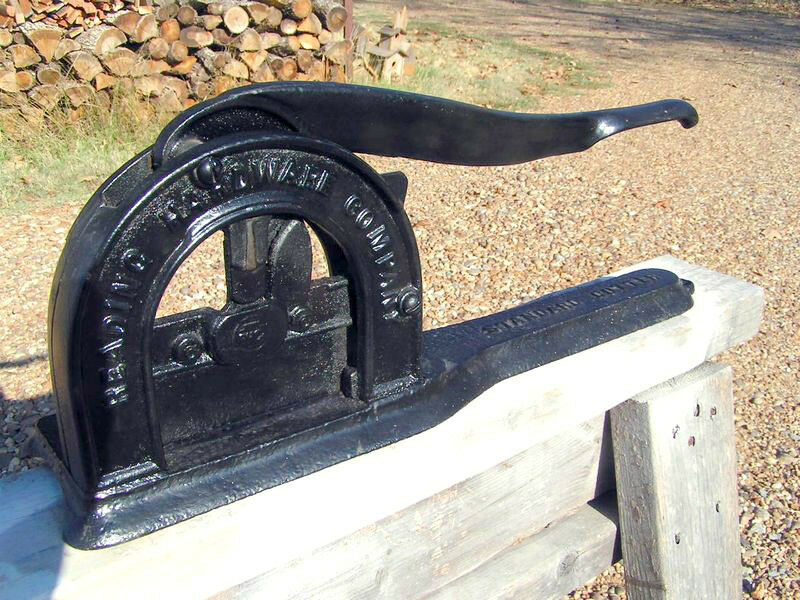 Antique cast iron tobacco cutter reading hardware company