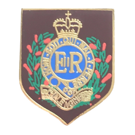 img-Royal Engineers Private of The British Army Military Enamel Lapel Pin Badge