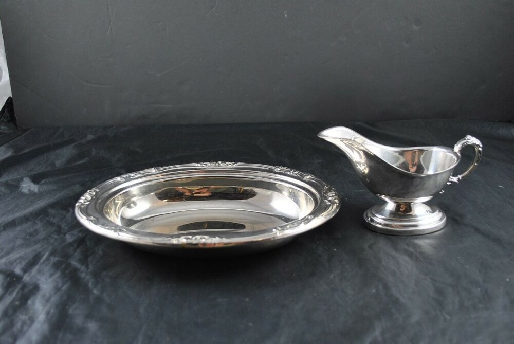 vintage lot of 2 silver plate bowl dish gravy boat english silver mfg corp usa ebay. Black Bedroom Furniture Sets. Home Design Ideas