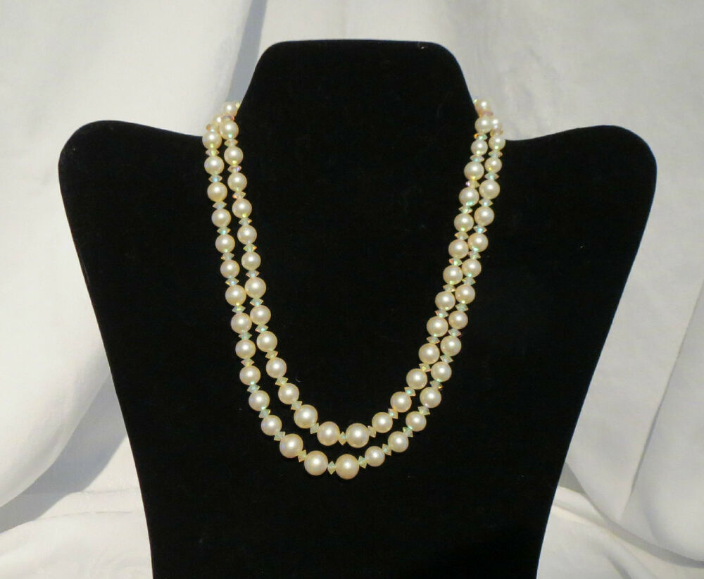 Vintage Estate Costume Jewelry Necklace Marvella