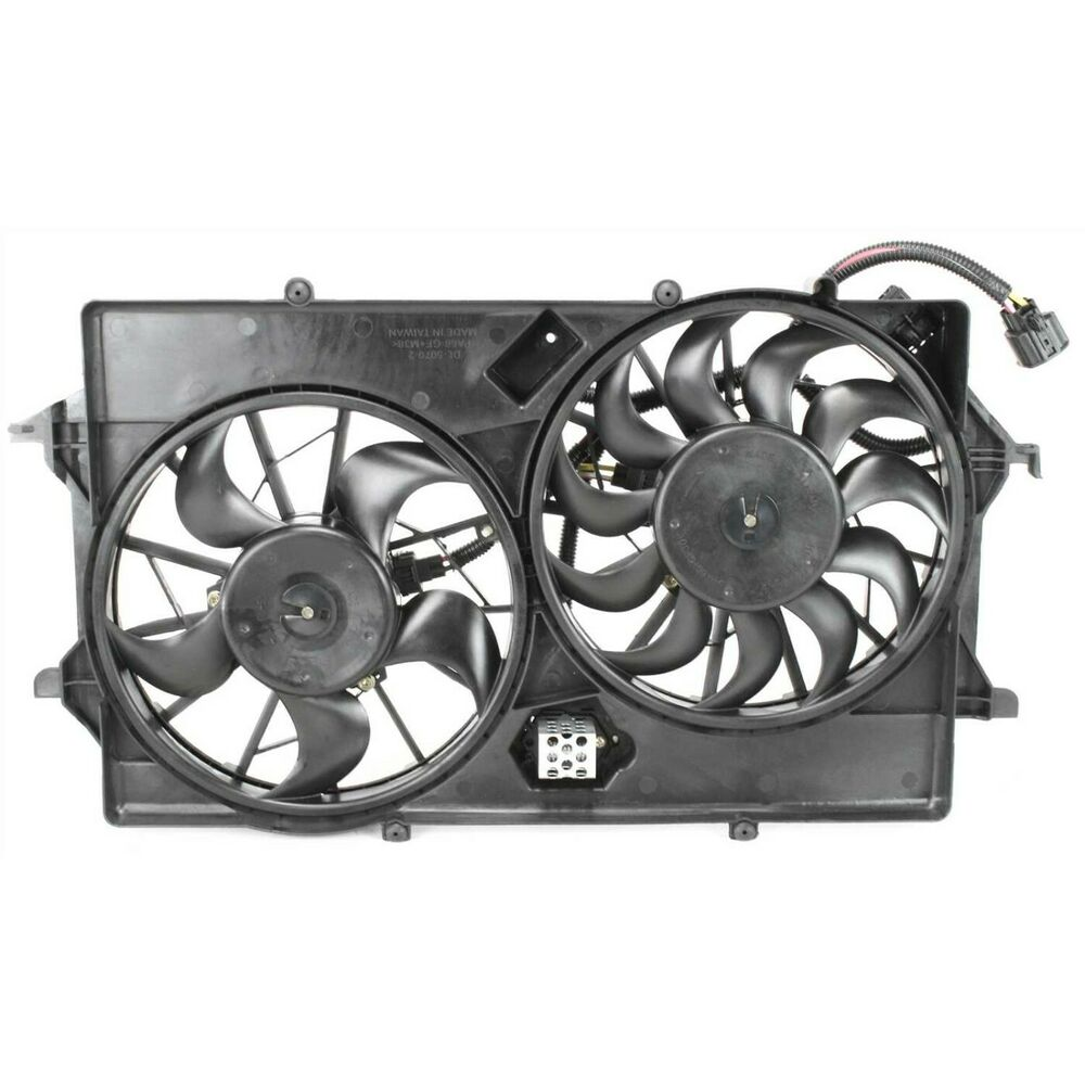 radiator cooling fan for 2003 2007 ford focus w blade motor shroud ebay. Black Bedroom Furniture Sets. Home Design Ideas