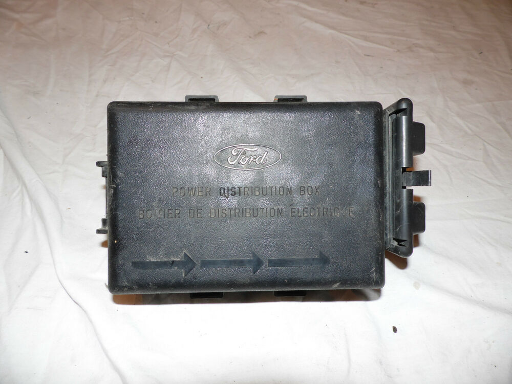 Oem 1997 Ford Expedition Power Distribution Box Fuse 4 6