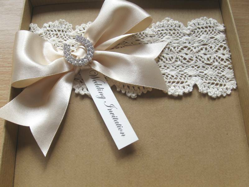 Lace Themed Wedding Invitations: Vintage Themed Wedding Invitation, Victorian Lace