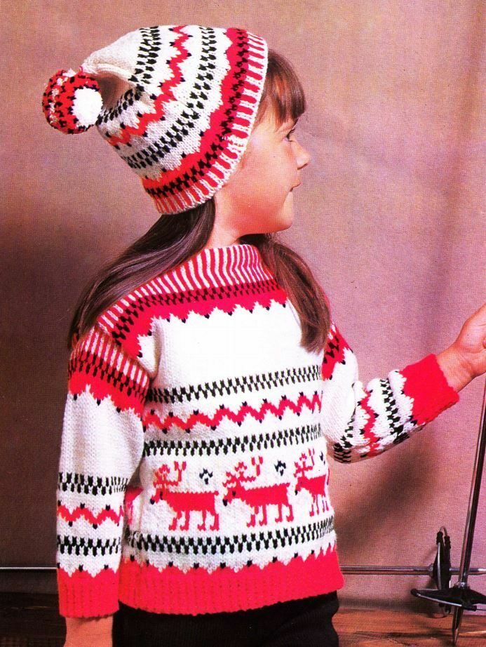 Knitting Patterns For Children s Christmas Jumpers : Knitting Pattern Childrens Winter Christmas Jumper & Bobble Hat eBay