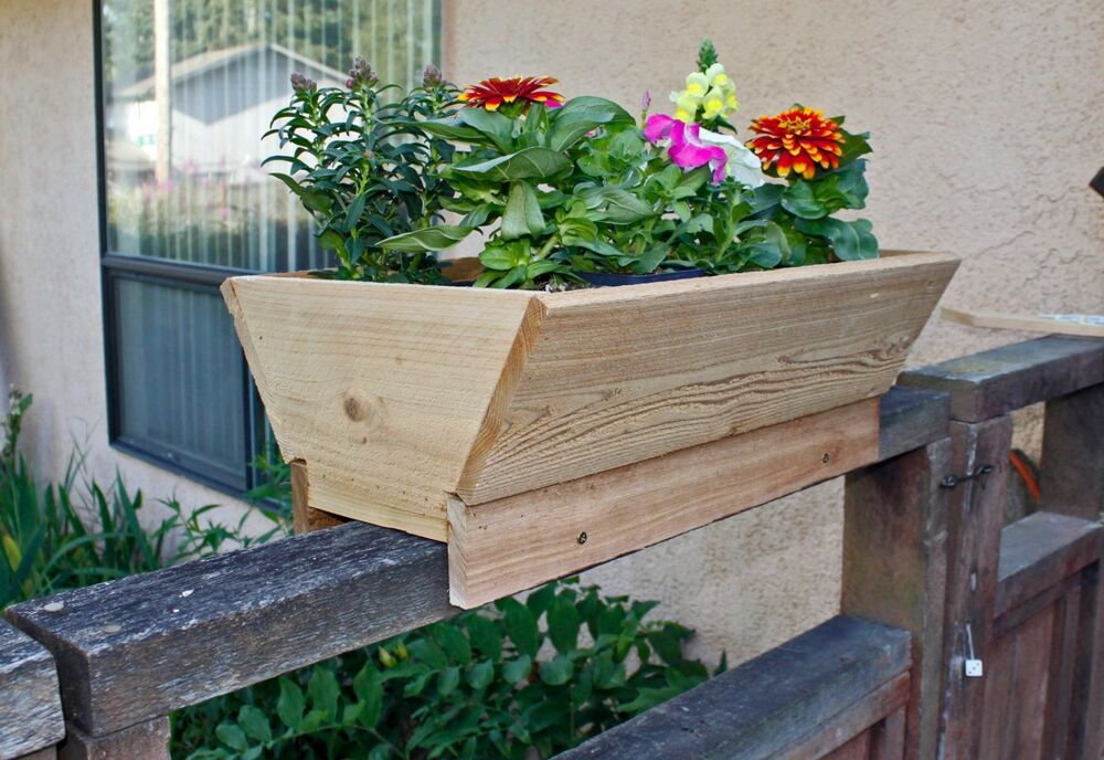 cedar planter for fence deck rail or patio set of 2 free shipping ebay. Black Bedroom Furniture Sets. Home Design Ideas