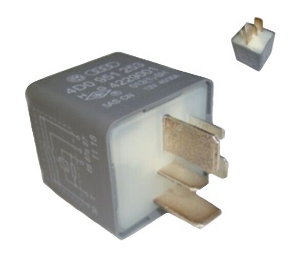 Genuine VW Fuel Pump Relay For Audi 100 A4 A6 A8